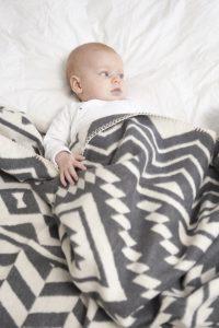 ethnic deken baby