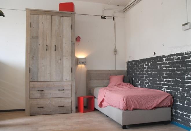 Houten Accessoires Slaapkamer : Handgemaakte meubels en accessoires voor babykamer kinderkamer of