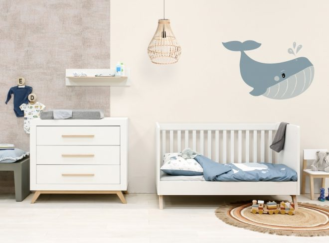 Fenna babykamer met omvormbaar bedbankje